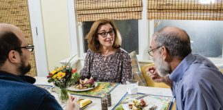 Home For Dinner: Lois Reitzes